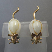 West Germany Shell Earrings, Vintage Mouse Earrings, Natural Shell, Gold Tone Clip-on Earrings