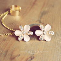 Dainty Flower Rhinestone Stud Ear Cuff with Chain