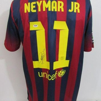ONETOW Neymar Signed Autographed Barcelona Soccer Jersey (PSA/DNA COA)