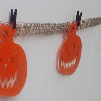 Halloween Garland, decor, Pumpkin, jack o lantern, party decor,trick or treat decor, burlap garland, modern decor, halloween banner, haunted