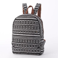Everyday Backpack, Monochrome Geomatics Tribal Striped Casual backpack, Laptop backpack, Black and White Unisex Rucksack