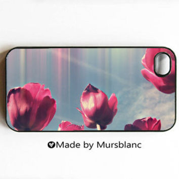 Iphone case  Tulips Holland4 and 4s cover  by HipsterCases on Etsy