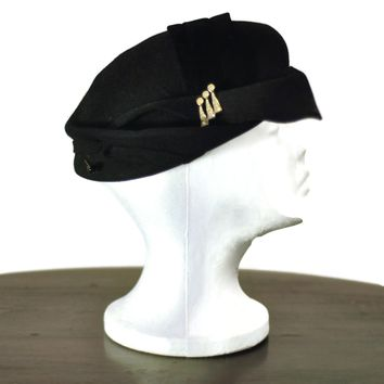 Elegant Black Felt Vintage 1950s Hat, Just In
