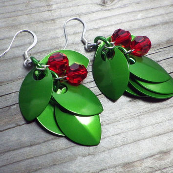 Anodized aluminum and Swarovski crystal holly chain maille earrings; Holiday earrings; Christmas chainmaille earrings