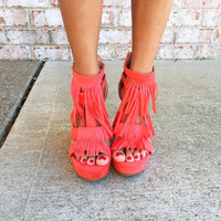 Summer Punch Fringe Wedge: Coral