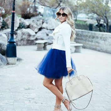ELECTRIC BLUE TULLE SKIRT (circle)