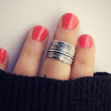 silver feather knuckle ring