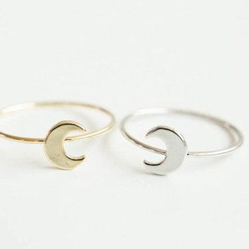 SMJEL Hot Sale Tiny Cute Half Moon Rings for Women Simple Flat Crescent Moon Knuckle Ring Female Jewelry Birthday Gifts  R133
