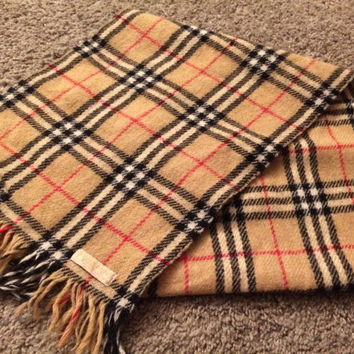 Sale!! Super vintage Burberrys Scarf Retro 1980s 90s Burberry of London Nova check 100% Wool Made in Scotland Free US Shipping