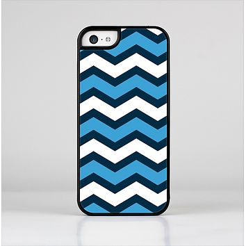 The Blue Wide Chevron Pattern Skin-Sert Case for the Apple iPhone 5c