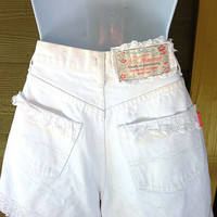 Vintage 80s NO Jeans White High Waisted Button Fly Lace Jean Shorts Ribbons Bows Femme Size 5/6