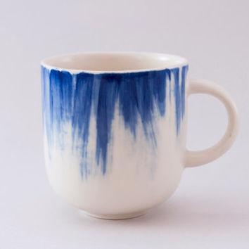 Handmade Ceramic mug with blue brushstrokes / Coffee mug / Tea cup / Stoneware cup / MADE TO ORDER