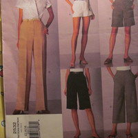 SALE Vogue Sewing Pattern, 2532! 12-14-16 Women's/Misses/Small/Medium/Large/Slacks/Shorts/Khakis/Pants/Capri Shorts/Summer/Spring/Fall