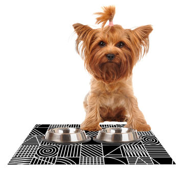 "Fimbis ""Whack"" Black White Dog Place Mat"