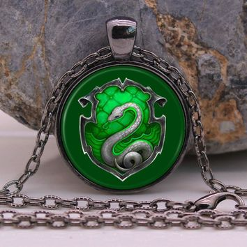 POTTER Hogwarts Slytherin Pendant Necklace Glass Cabochon Harry Vintage Movie Jewelry Bronze Chain Necklace for Women Men Gift