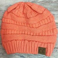 WINTER MORNINGS BEANIE IN APRICOT