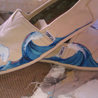 Wave Hello hand painted TOMS