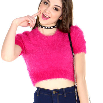 MINI PINK FUZZY CROP TOP