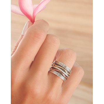 Rubia Meditation Spinner Ring (BJS019)