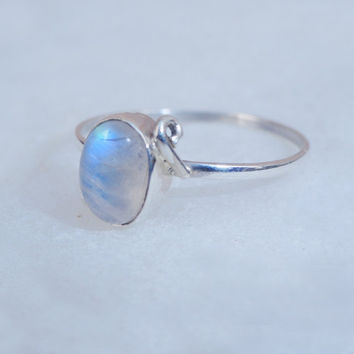 Silver Rainbow Ring,Moonstone Silver Ring,moon stone ring jewelry,Silver Gemstone Ring, Moonstone Ring,silver stone ring, Moonstone Gemstone