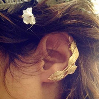 Ivy Ancient Greek gold climber earring