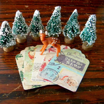 "20 Retro Christmas Themed Paper Gift Tags, 2 1/2"" x 1 1/2"", Christmas Gift Tags"