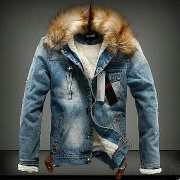 2016 New Winter Fashion Men Woolen Denim Jacket with fur collar Oversize Casual Jeans Jacket Plus Size Velvet Outwear Coat 4XL