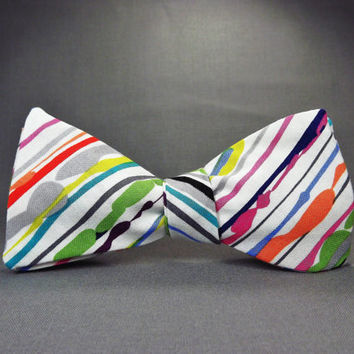 Paint bowtie, painters canvas, colorful stripes, rainbow stripe, atrist bowtie, abstract painting, striped painting, multicolor bowtie