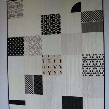 Black and White Quilt, Modern Quilt, Lap Quilt, $115