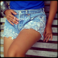 Ready to ship,Levi's high waist lace shorts by Jeansonly