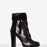 Nasty Gal Take a Hike Leather Boot - Black