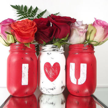 I LOVE YOU, set of 3, Hand Painted Mason Jars | Rustic, Home Decor - Red and White, Pint Mason Jars