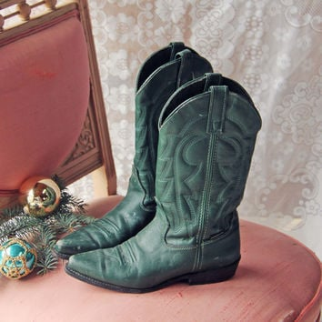 Snowy Spruce Vintage Boots