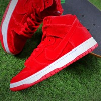 Nike SB Dunk Red Velvet Skateboard Shoes - Best Online Sale