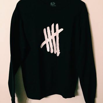 5SOS Tally Crewneck