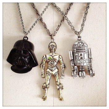 AUTHENTIC Vintage 70s Star Wars Necklaces - (Lot of 3): Darth Vader, C3PO & R2D2