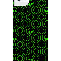 ALIEN WALLPAPER IPHONE CASE