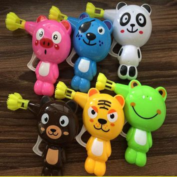 VONC1Y 1 pcs Soap Bubble Gun Cartoon Cute Automatic Colorful Water Bubbles Plastic Animal Model Blower Kid Outdoor Toy