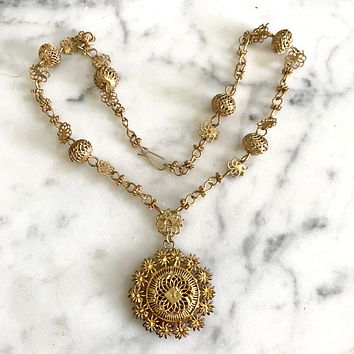 1970s Filigree Gold Necklace