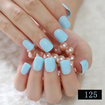 Fashion Lady Candy Fake Nails Tips False Nail Middle Round End Shiny Surface Sky Blue 152