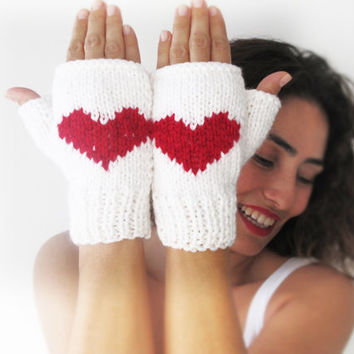 Fingerless Gloves with Heart - Mittens - Valentines Day by Afra