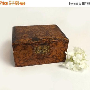 ON SALE - Pyrography Trinket Box, Small Vintage Brown Wooden Box, Wood Burning Grapes & Leaves, Autumn Dresser Decor
