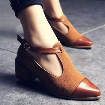 Vintage Oxford Shoes Pointed Toe Cut Out Med Heel Patchwork Buckle Ladies Shoes Flats