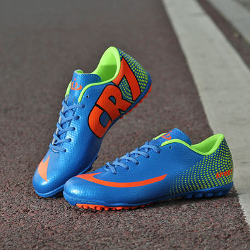 Cleats for Men football boots hall indoor soccer shoes balls for men