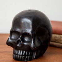 ModCloth Skulls Fab to the Bone Candle