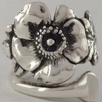 Size 8.5 Vintage Solid Sterling Flower Spoon Ring
