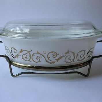 Vintage Pyrex White and Gold Empire Scroll Promotional 60s Oval Casserole with Serving Cradle