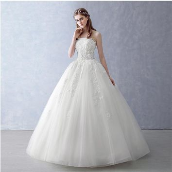 New Arrival A Line Strapless Lace Appliques Beaded Tulle Wedding Dresses With Detachable Wrap