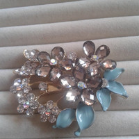 mint and grey crystal flower rhinestone goldtone  brooch  pin