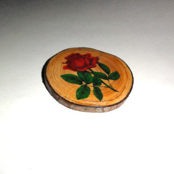 Magnet Vintage Rose. Natural Pine Tree Wood Slice Fridge Magnet. Handmade, Hand print Refrigerator Magnet. Home Kitchen Decor. Wood Ornament